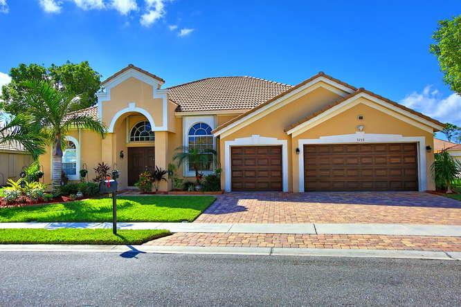 3753 Victoria Road, West Palm Beach, FL 33411