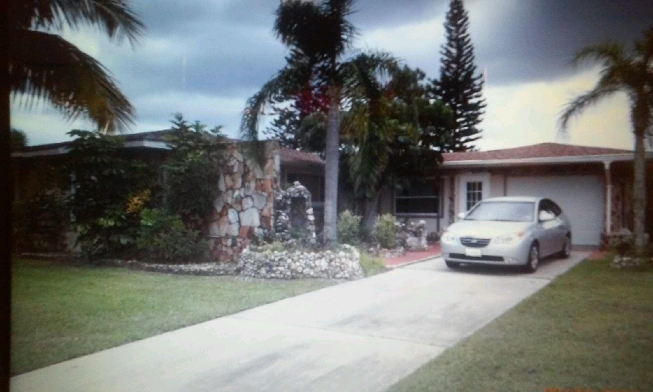 168 SE Selva Court, Port Saint Lucie, FL 34983