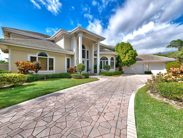 18411 SE Lakeside Drive, Tequesta, FL 33469