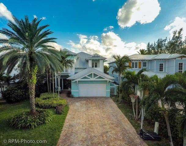 930 SW 21 Lane, Boca Raton, FL 33486