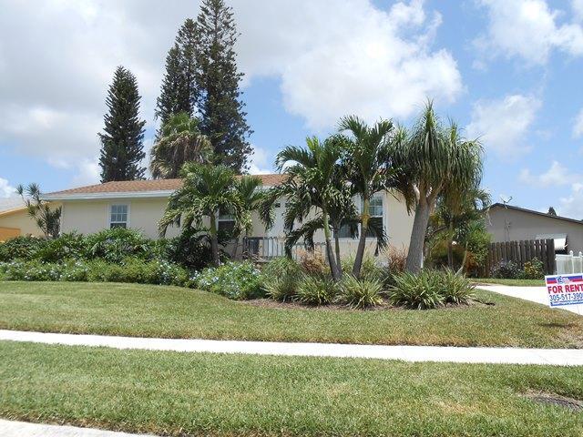 22829 SW 65th Way, Boca Raton, FL 33428