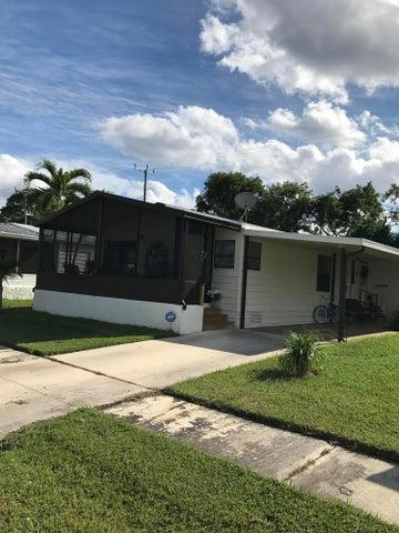 4040 Mission Bell Drive, Boynton Beach, FL 33436