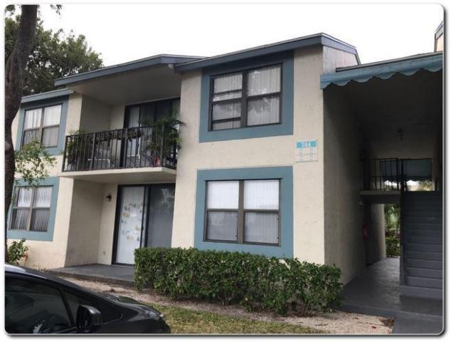 744 Executive Center Drive, 22, West Palm Beach, FL 33401