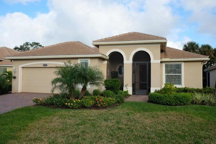 1913 Newmark Circle SW, Vero Beach, FL 32968