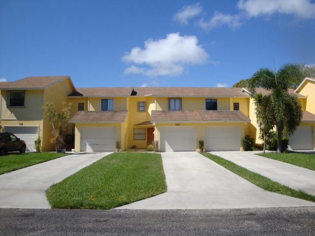 1521 Woodbridge Lakes Circle, West Palm Beach, FL 33406