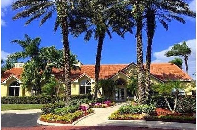 12540 Vista Isles Drive 1111, Sunrise, FL 33325