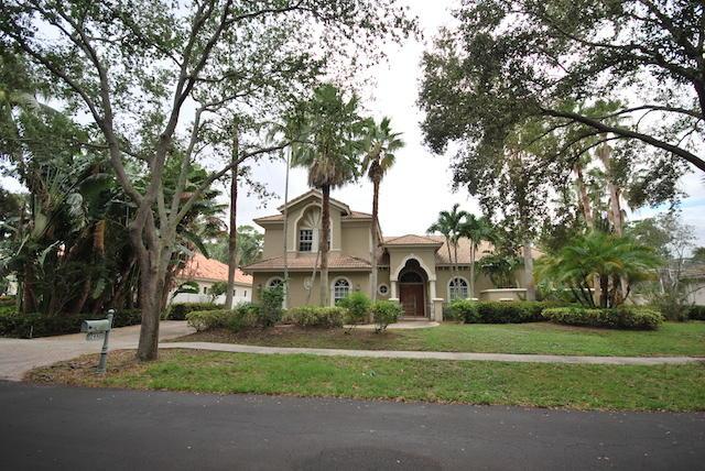 2440 Whispering Oaks Lane, Delray Beach, FL 33445