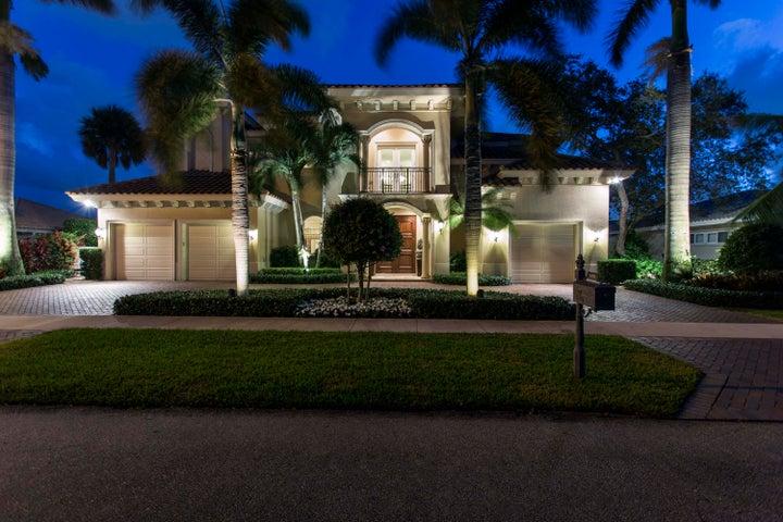 698 Carriage Hill Lane, Boca Raton, FL 33486