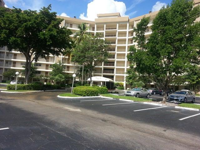 3010 N Course Drive 610, Pompano Beach, FL 33069