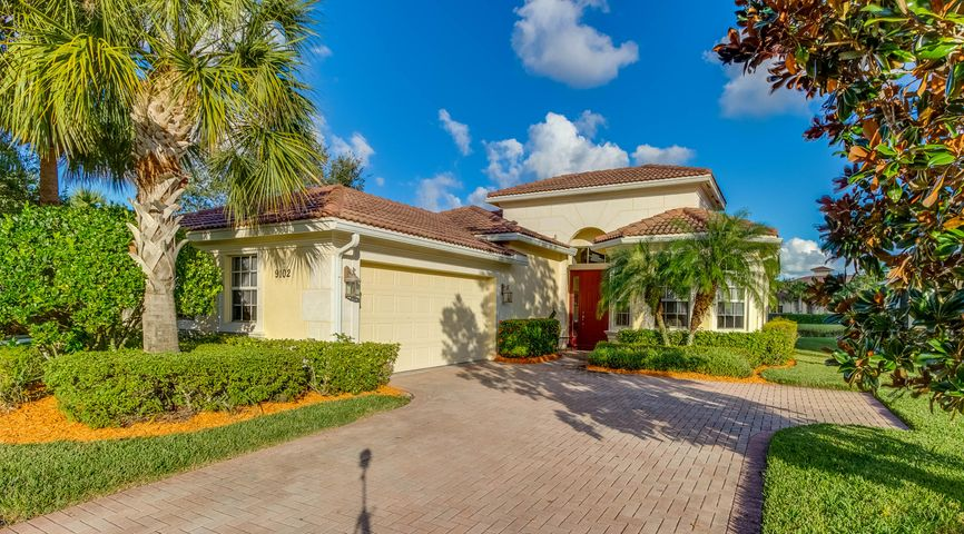 9102 Champions Way, Port Saint Lucie, FL 34986