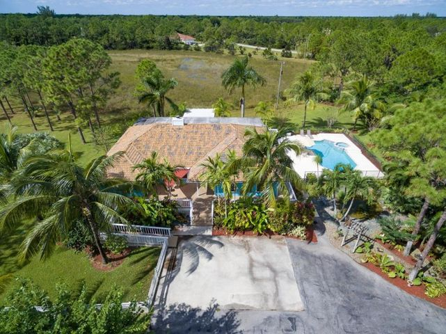 2914 SE Ranch Acres Circle, Jupiter, FL 33478