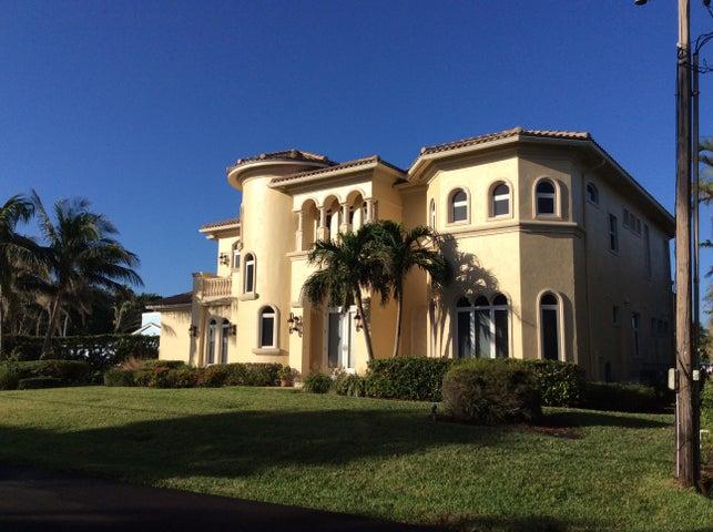 128 Island Drive S, Ocean Ridge, FL 33435