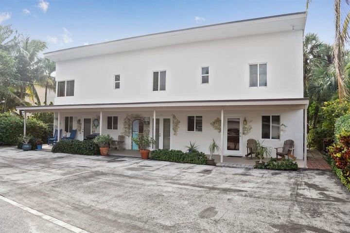 566 David Lane, Ocean Ridge, FL 33435