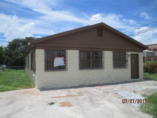 913 N 18 Street, Fort Pierce, FL 34950