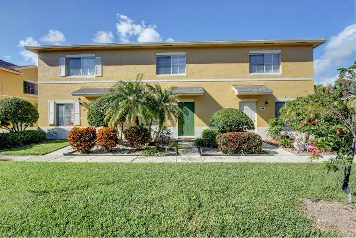 508 W Bloxham Street, Lake Worth, FL 33462