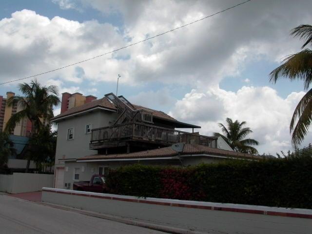 300 E 24th Street, West Palm Beach, FL 33404