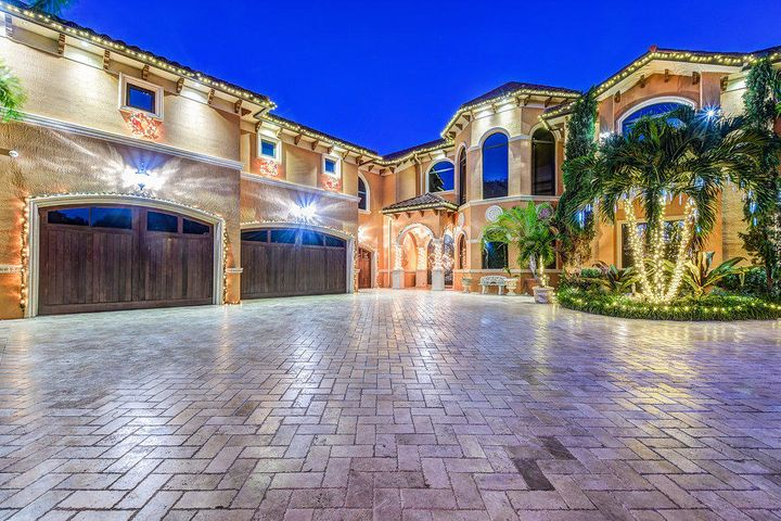 2317 Palm Harbor Drive, Palm Beach Gardens, FL 33410