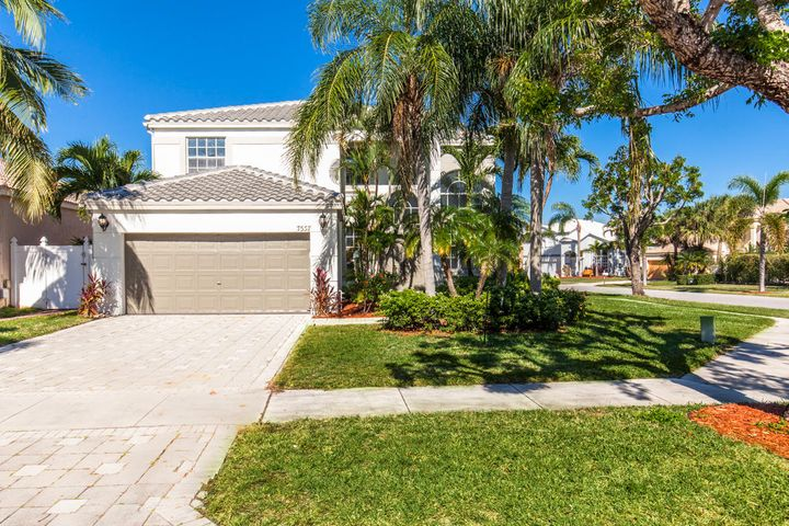 7557 Ridgefield Lane, Lake Worth, FL 33467
