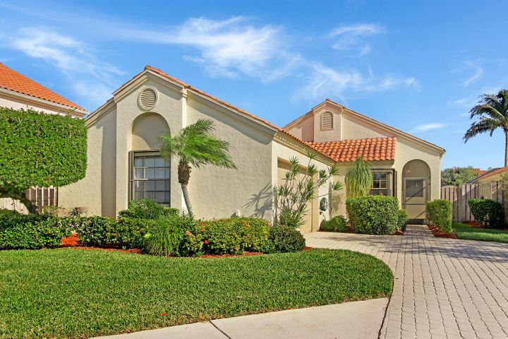 2504 La Cristal Circle, Palm Beach Gardens, FL 33410