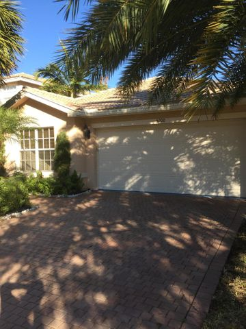 5200 Rising Comet Lane, Greenacres, FL 33463
