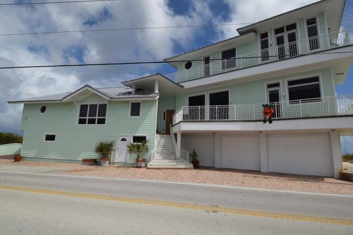 953 SE Macarthur Boulevard, Stuart, FL 34996