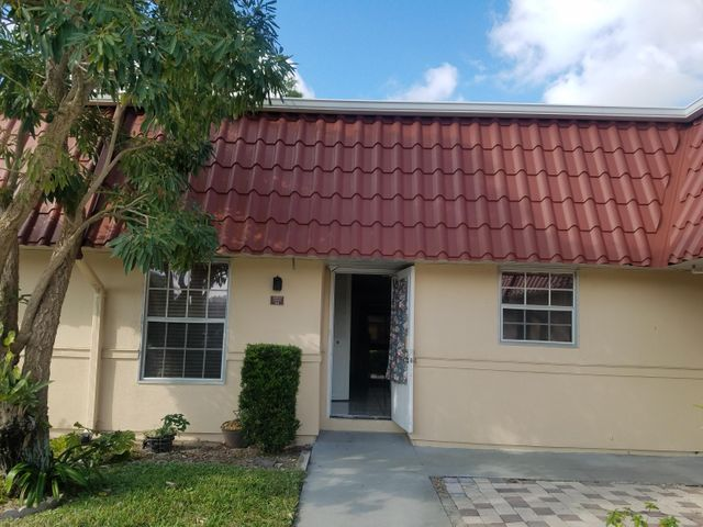 160 Amherst Ln. Lane, Lake Worth, FL 33467