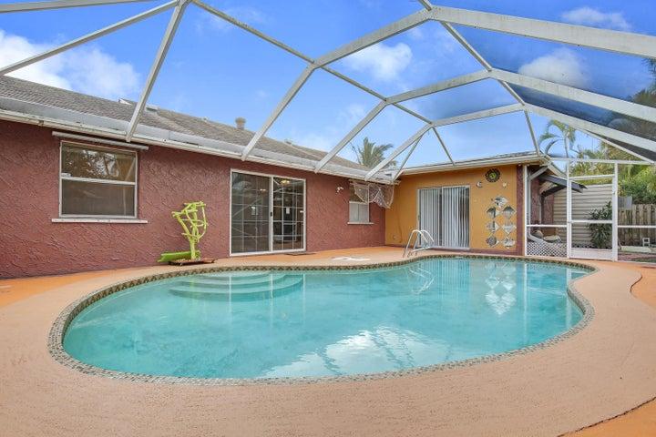 10331 Carmen Lane, Royal Palm Beach, FL 33411