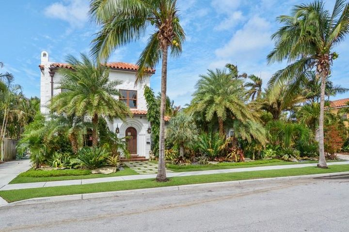 205 Monroe Drive, West Palm Beach, FL 33405