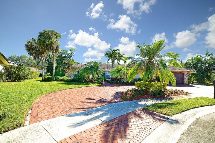 20980 Cipres Way, Boca Raton, FL 33433