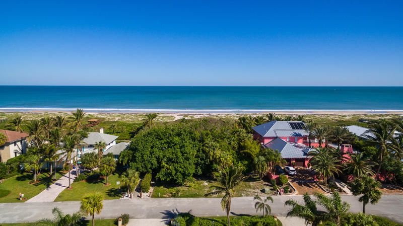 920 Crescent Beach Road, Vero Beach, FL 32963