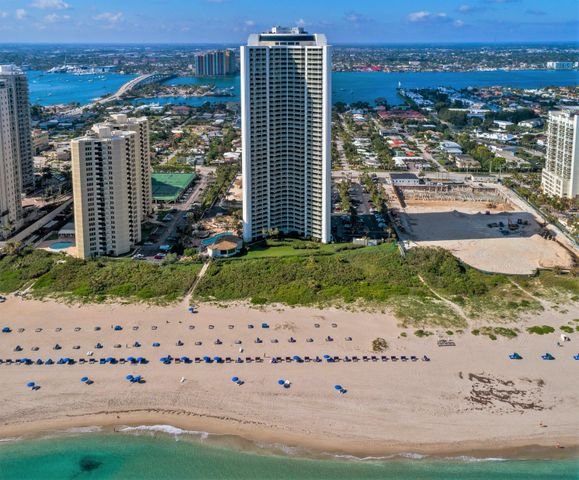 3000 N Ocean Drive, 16f, Riviera Beach, FL 33404