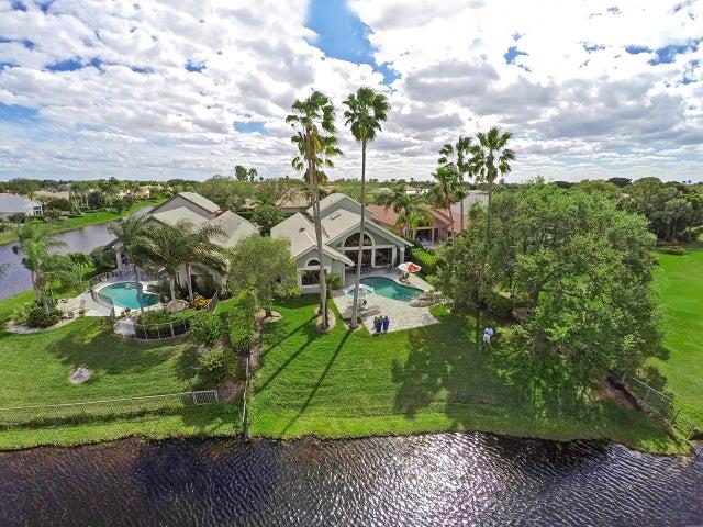 13893 Rivoli Drive, Palm Beach Gardens, FL 33410