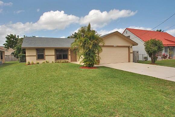 6055 Garrett Street, Jupiter, FL 33458