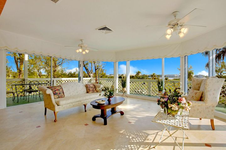boutique penthouse living by Lake Worth golf course and Intracoastal