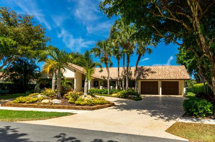 3131 Lakeview Drive, Delray Beach, FL 33445