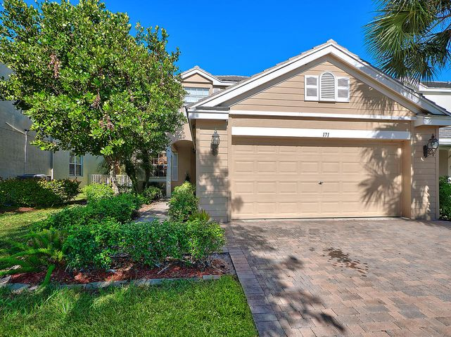 171 Berenger Walk, Royal Palm Beach, FL 33414
