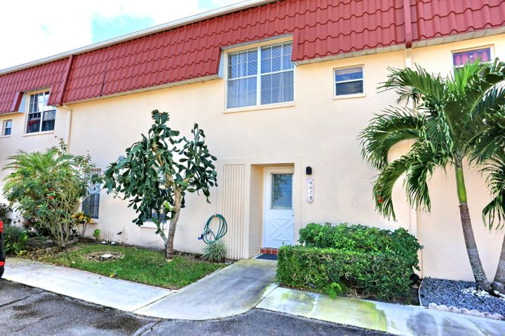 807 Nantucket Circle, B, Lake Worth, FL 33467