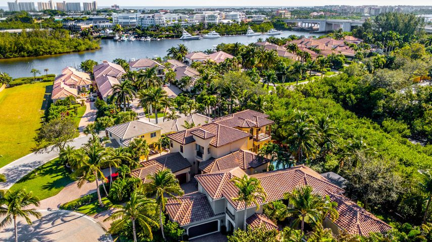 360 Fishermans Way, Jupiter, FL 33477