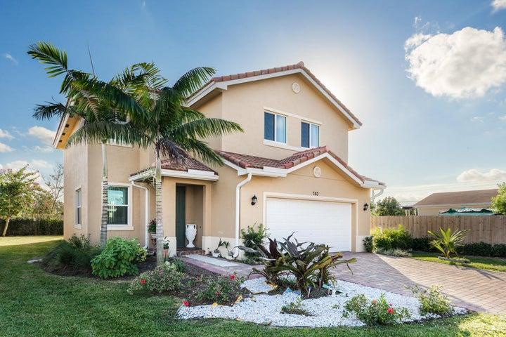 740 Palm Tree Lane, West Palm Beach, FL 33415