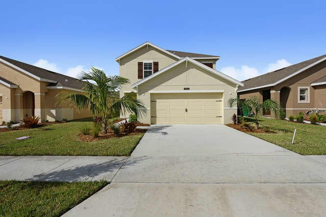 10033 SW Newberry Avenue, Port Saint Lucie, FL 34987
