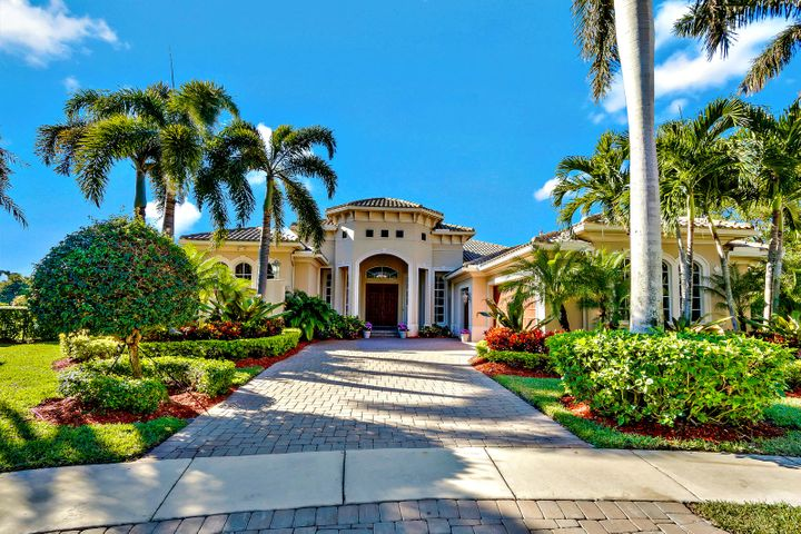 484 Savoie Drive, Palm Beach Gardens, FL 33410