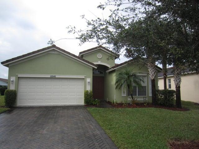 10040 SW Cardigan Circle, Port Saint Lucie, FL 34987