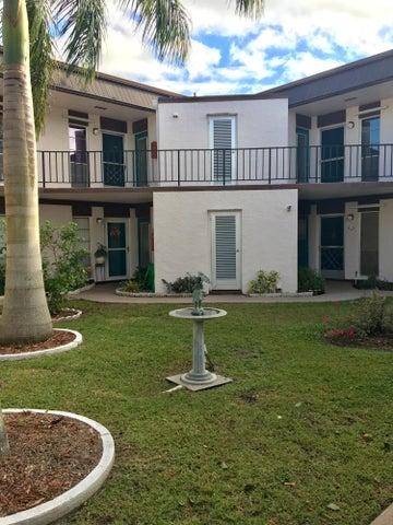 3 Greenway Village N 204, Royal Palm Beach, FL 33411