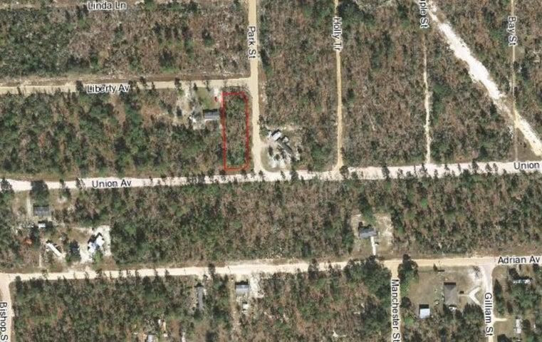 103 Park Street, Interlachen, FL 32148