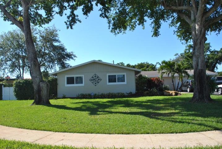 5500 Pine Ter, Plantation, FL 33317
