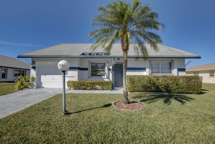 3791 Da Vinci Circle, West Palm Beach, FL 33417