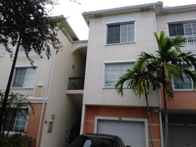 3305 E Myrtlewood Circle E, 305, Palm Beach Gardens, FL 33418