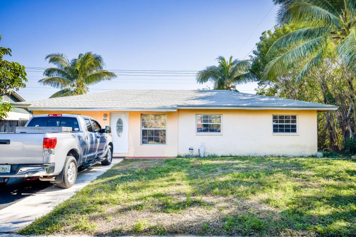 500 NW 8th Street, Boynton Beach, FL 33426