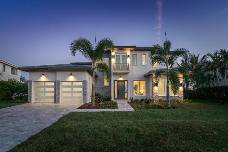 87 Island Drive S, Ocean Ridge, FL 33435
