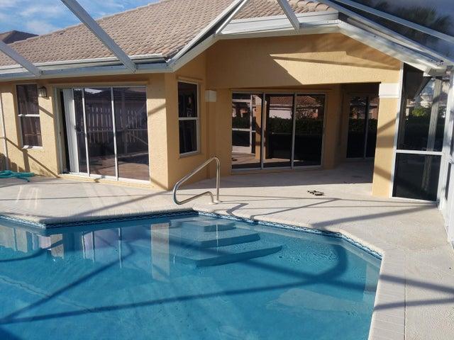 50 Citrus Park Lane, Boynton Beach, FL 33436